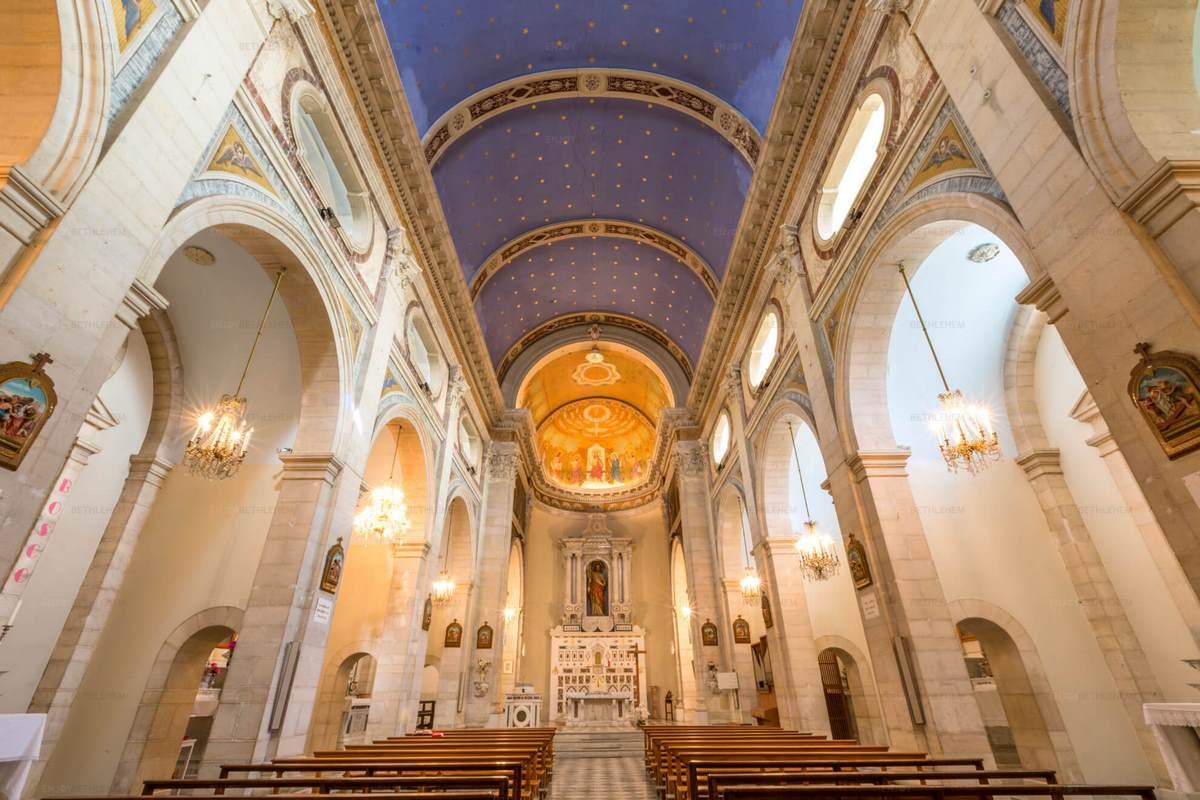 Das Salesianische Kloster und Kirche